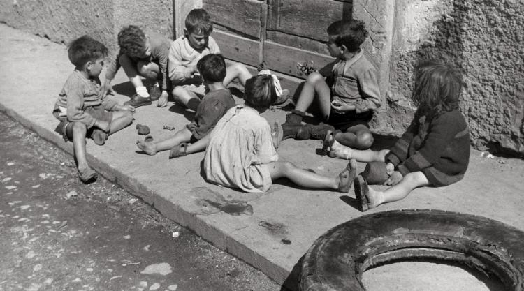 Photo by Barzacchi, Boys in Rome