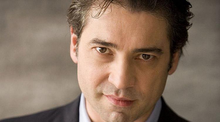 Photo of Nicola Luisotti