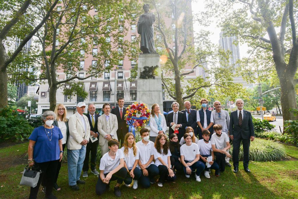 photo of Dante statue centennial rededication